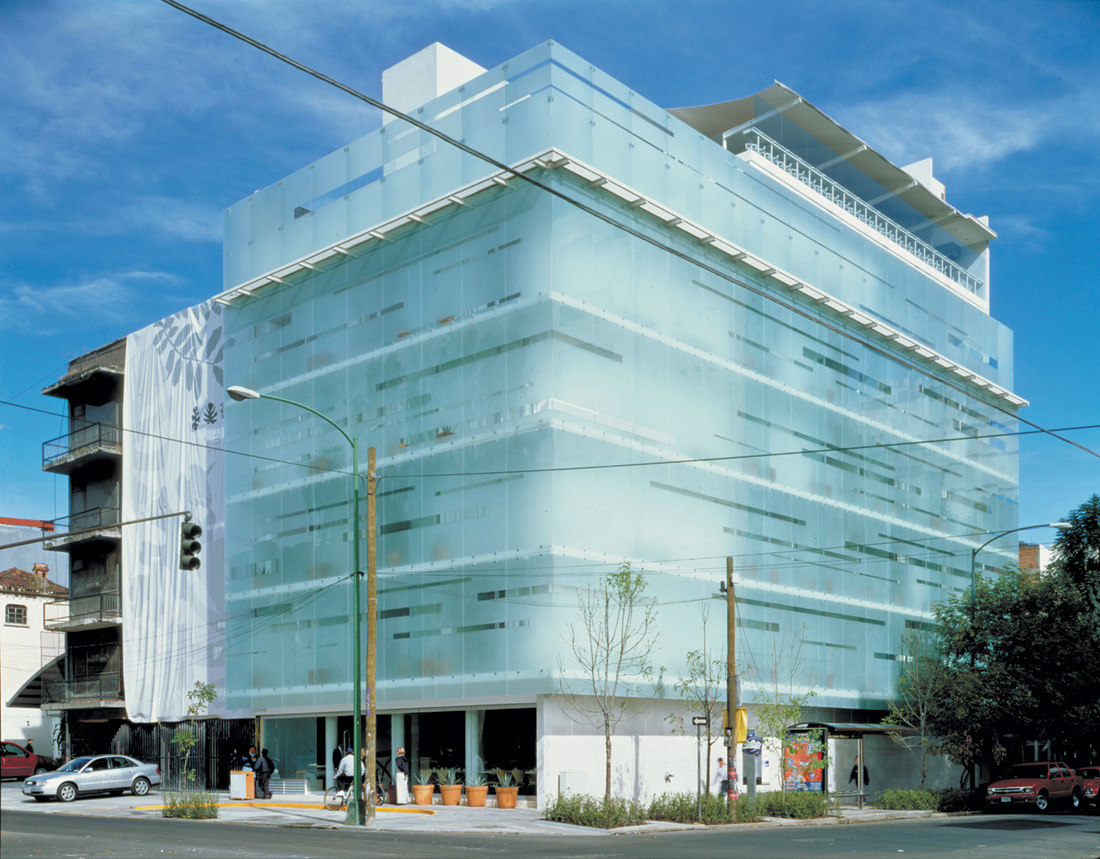 Habita Hotel / TEN Arquitectos, © Luis Gordoa, Undine Pröhl, Jean Luc Laloux