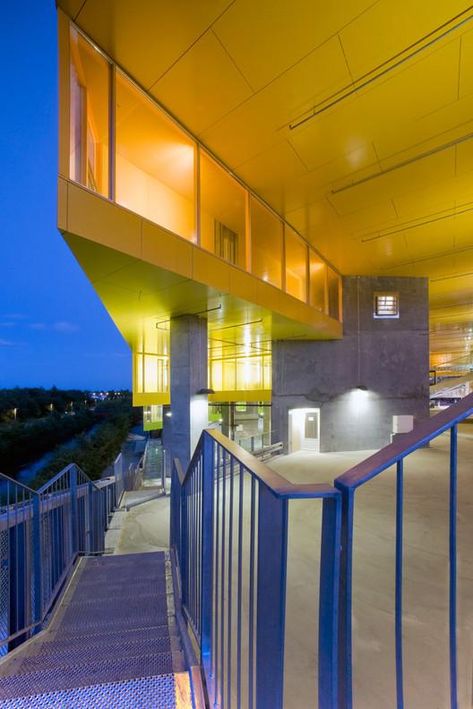 Mountain Architects Hendricks: Mountain Dwellings / PLOT = BIG + JDS