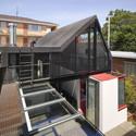 Vader house / Andrew Maynard Architects