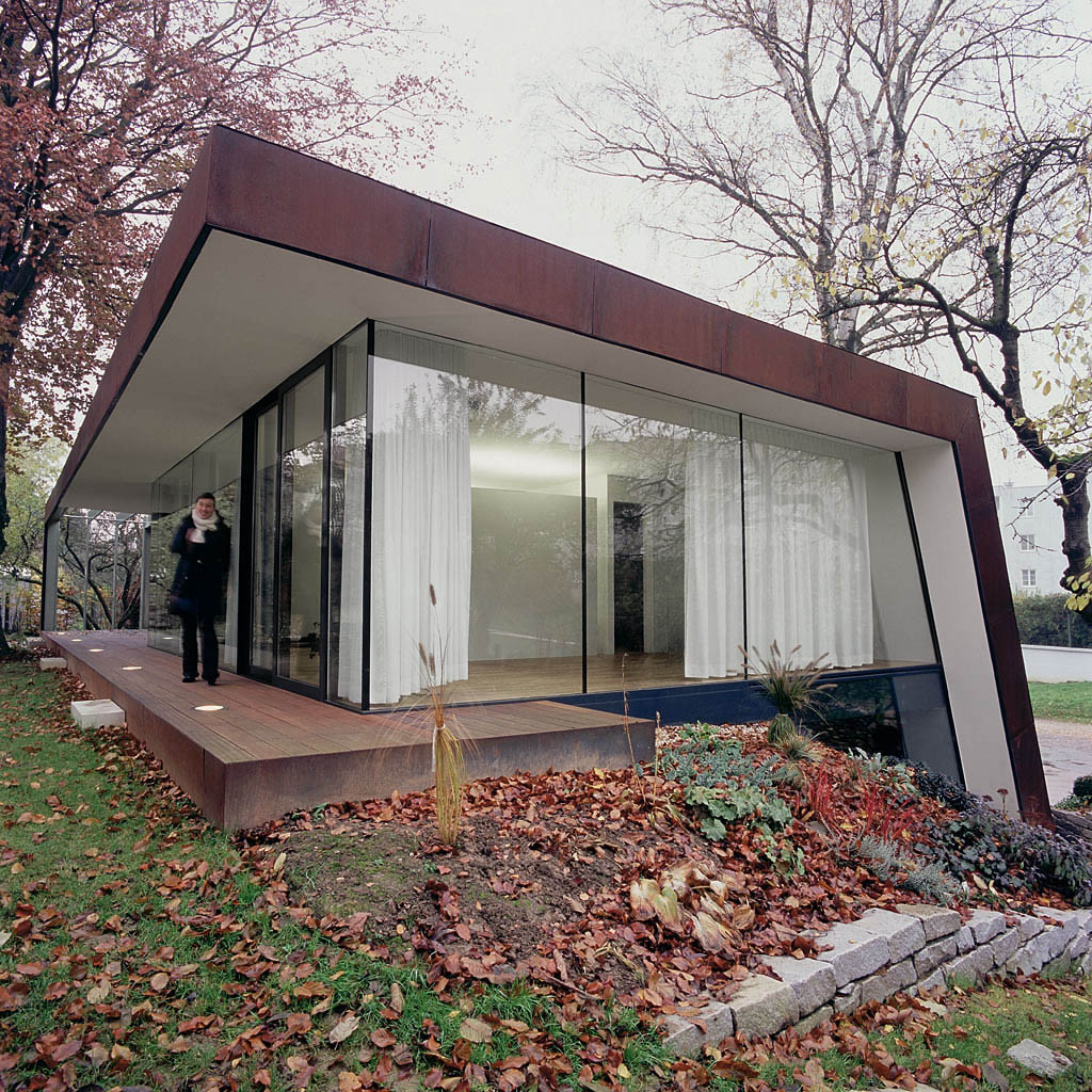 Folded Corten House / x Architekten