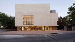 Reina Victoria Theatre-Cinema / Enrique Abascal García