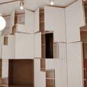 White Apartment / Parasite Studio