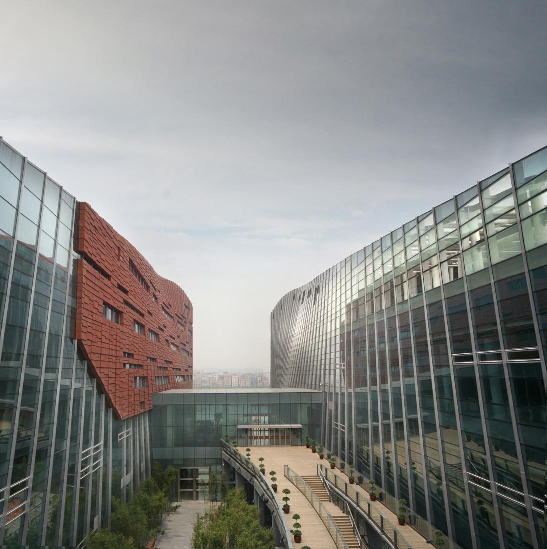 Gallery of guangzhou baiyun international convention for Buro international