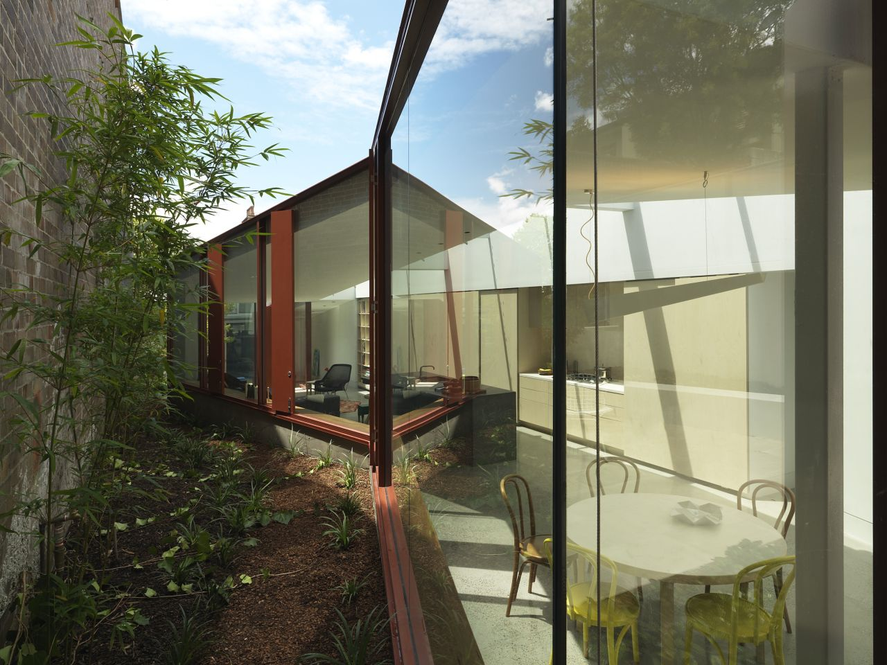 Annandale House / CO-AP, © Ross Honeysett