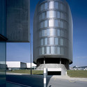 Office Silo & Containers / Vaillo + Irigaray