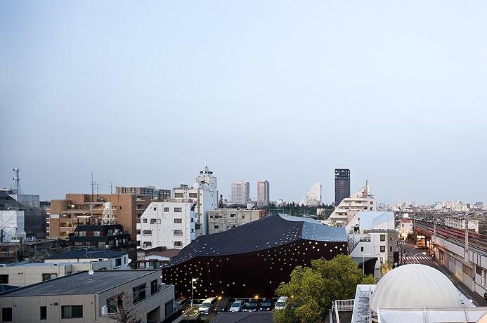 Teatro Za Koenji / Toyo ito, fotografías de Iwan Baan, © Iwan Baan