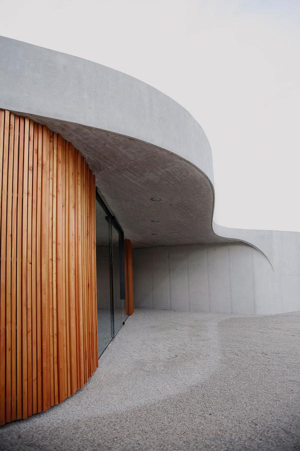 Gallery of farewell chapel ofis arhitekti 16 for Ofis arhitekti