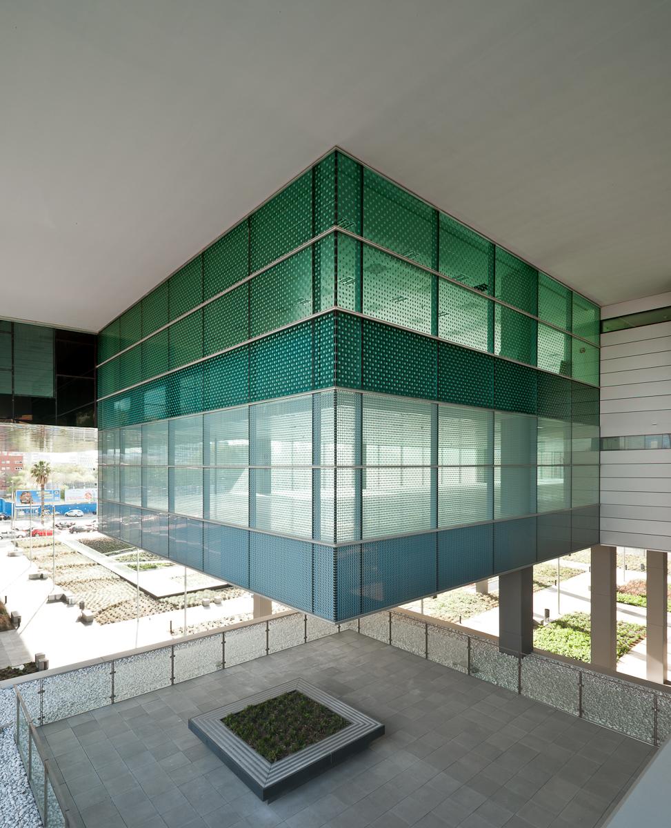D38 Office / Arata Isozaki