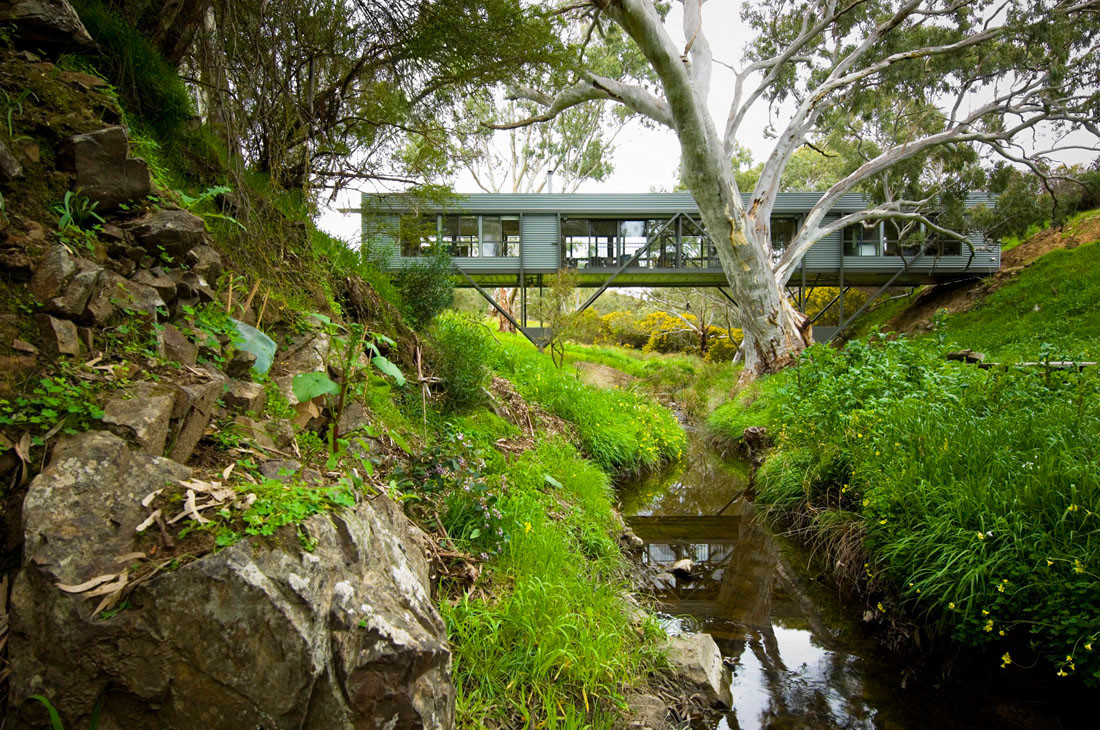 Bridge house max pritchard architect archdaily for Mountain bridge floor plans
