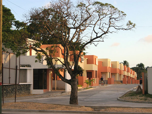 Arcoiris Sur / Roberto Rijo