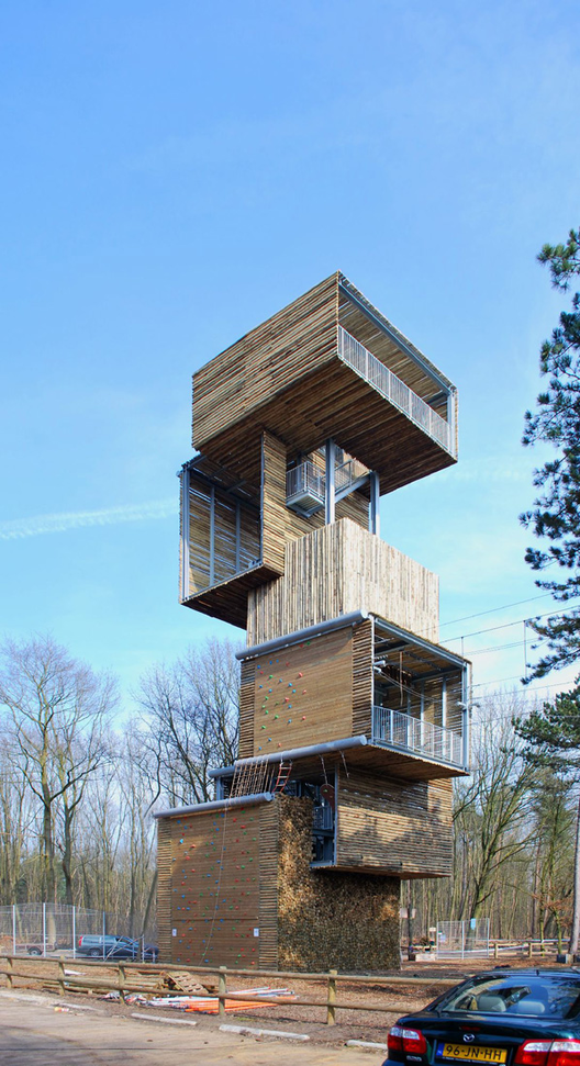 Viewing tower ateliereenarchitecten archdaily for Observation tower house plans