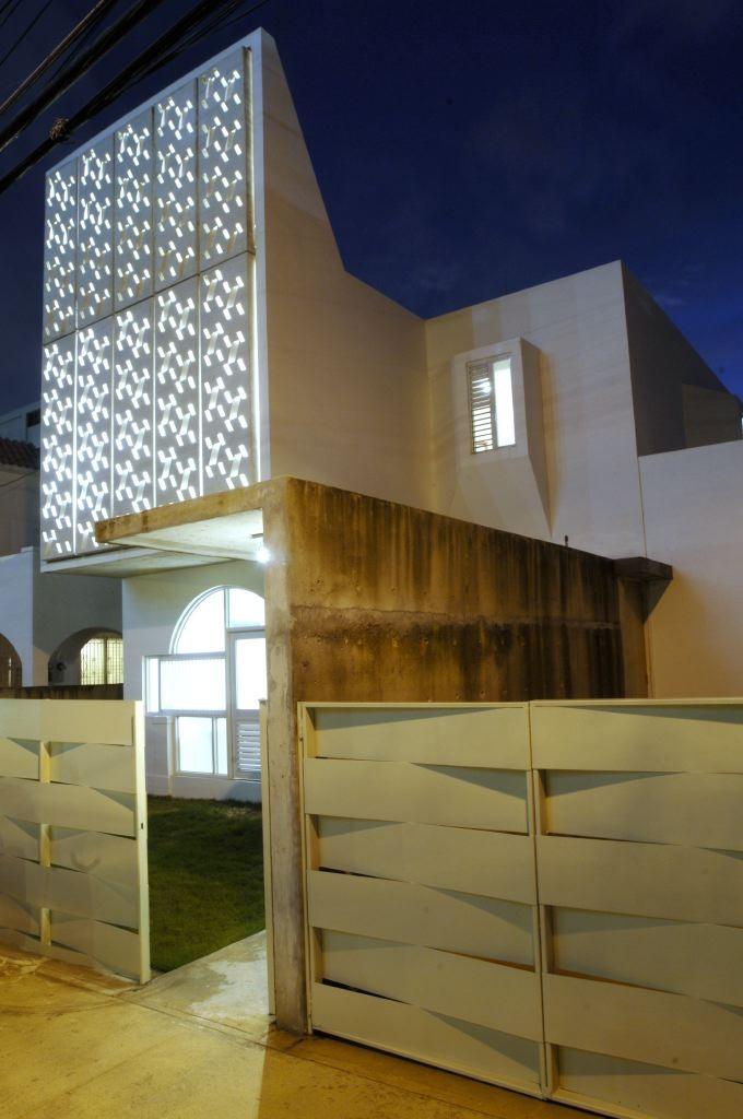 Casa Delpin / Fuster + Partners Architects