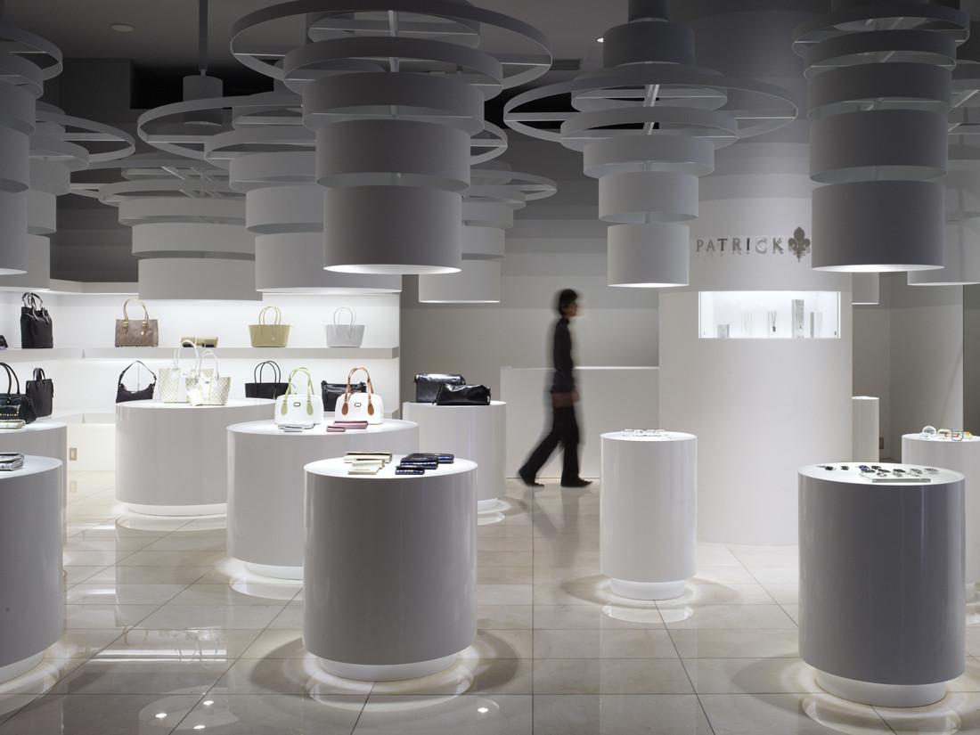 Patrick Cox shop / Sinato, © Toshiyuki Yano