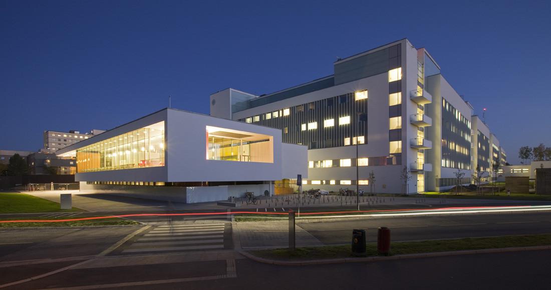 Akershus University Hosptial / C.F.Møller Architects, © Torben Eskerod