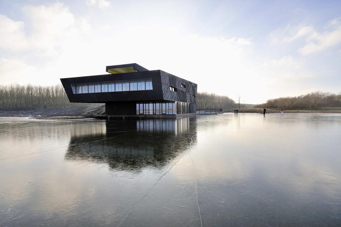De Oostvaarders / Drost + van Veen architecten, © John Lewis Marshall