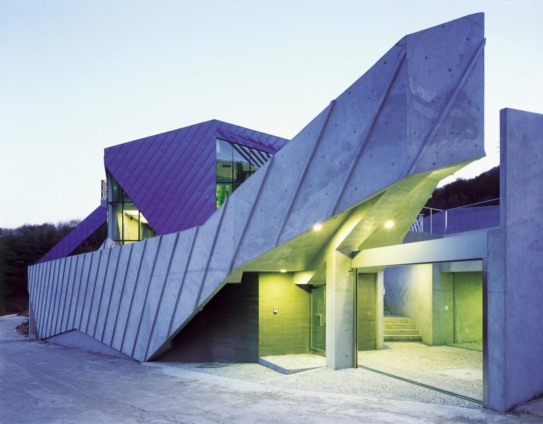 Purple hill house iroje khm architects jongoh kim