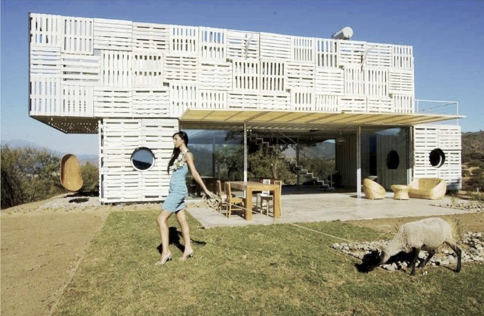 Manifesto House / James & Mau, for Infiniski, © Unknown photographer