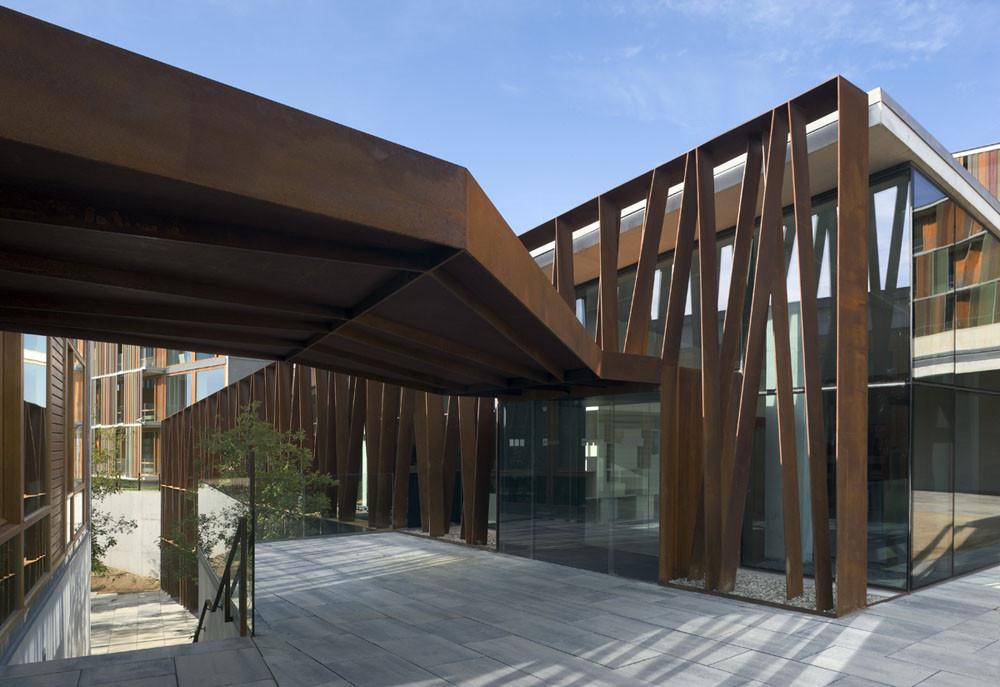 Gallery of la mola conference centre b720 arquitectos 5 - Arquitectos terrassa ...
