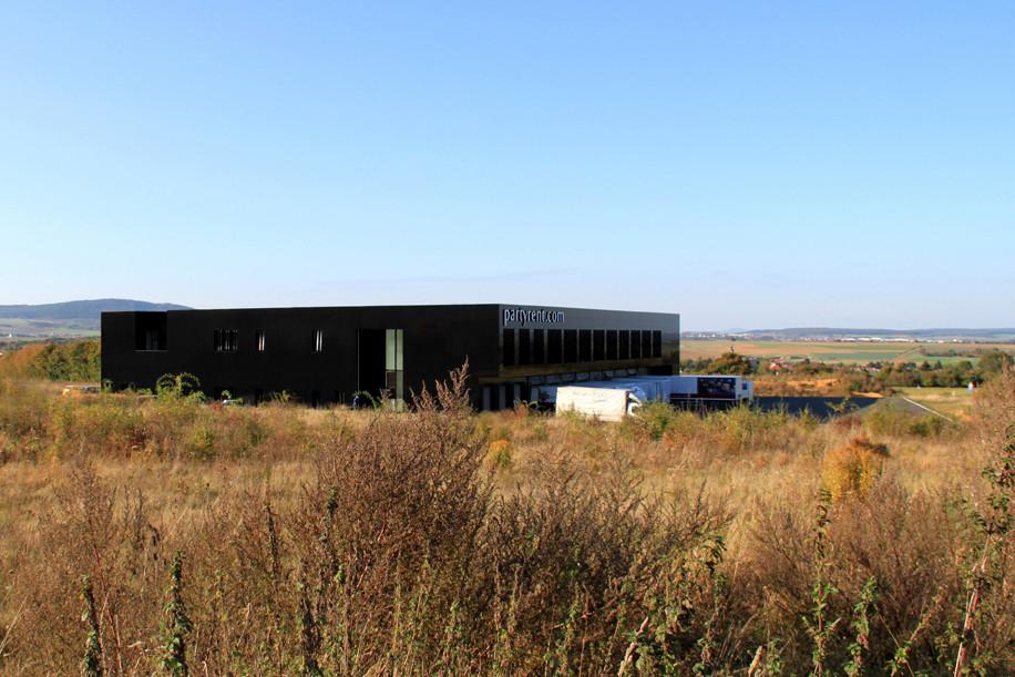Partyrent Building / Jarosch Architektur, © Jarosch Architektur
