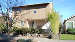 Upside-Down House / Hutchison & Maul Architecture