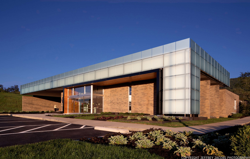 Peoples Bank of the South / Sanders Pace Architecture, © Sanders Pace & Jeffrey Jacobs Photography