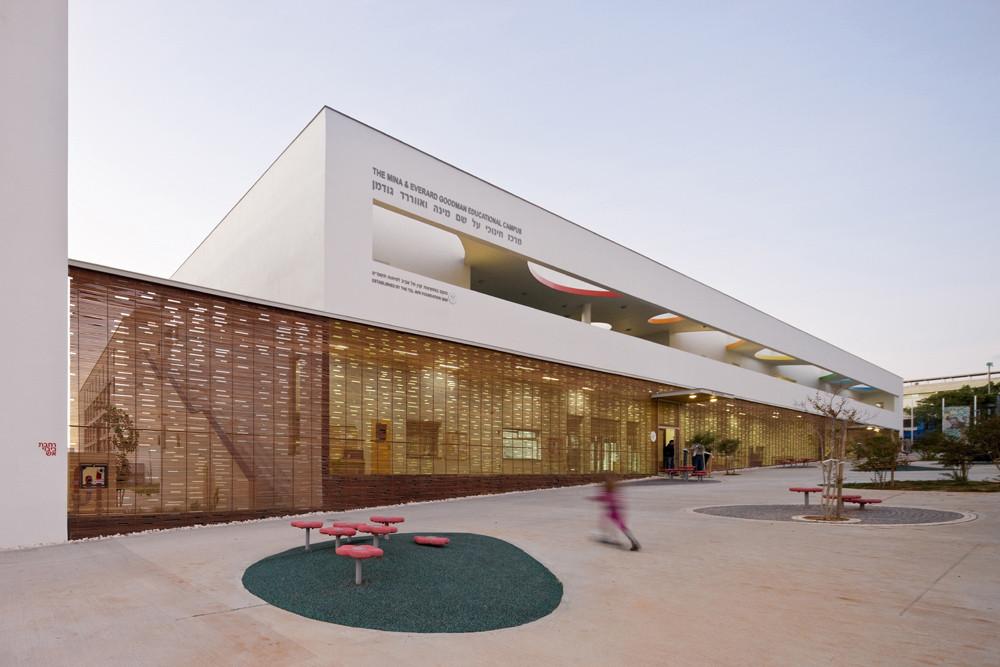 Remez Arlozorov / Mayslits Kassif Architects, © Iwan Baan