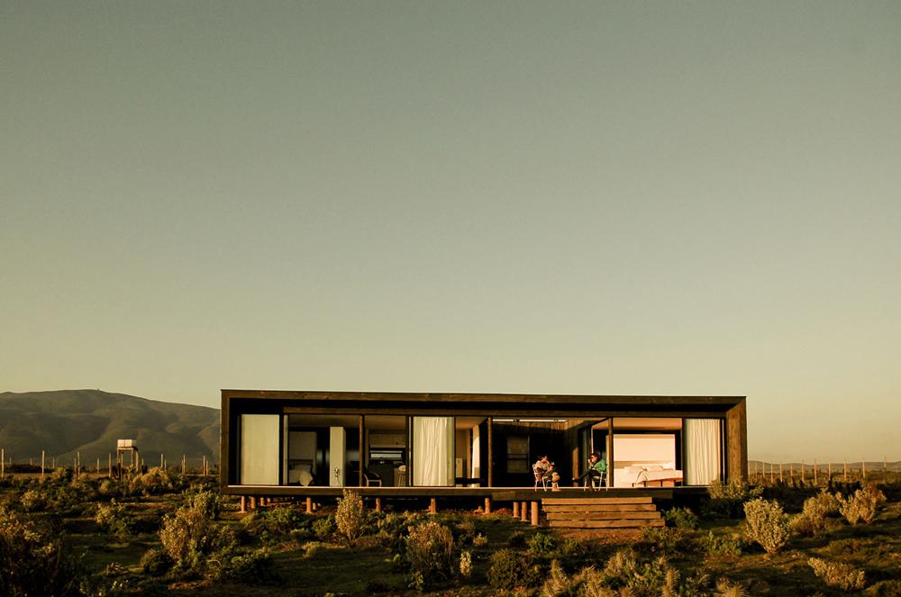 B8 House / 56.02, © Alejandro Gandarillas