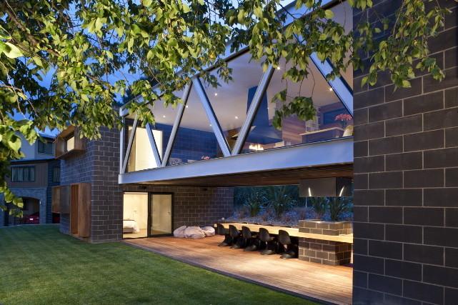 Shallard House / Lat Forty Five, © Jamie Cobeldick