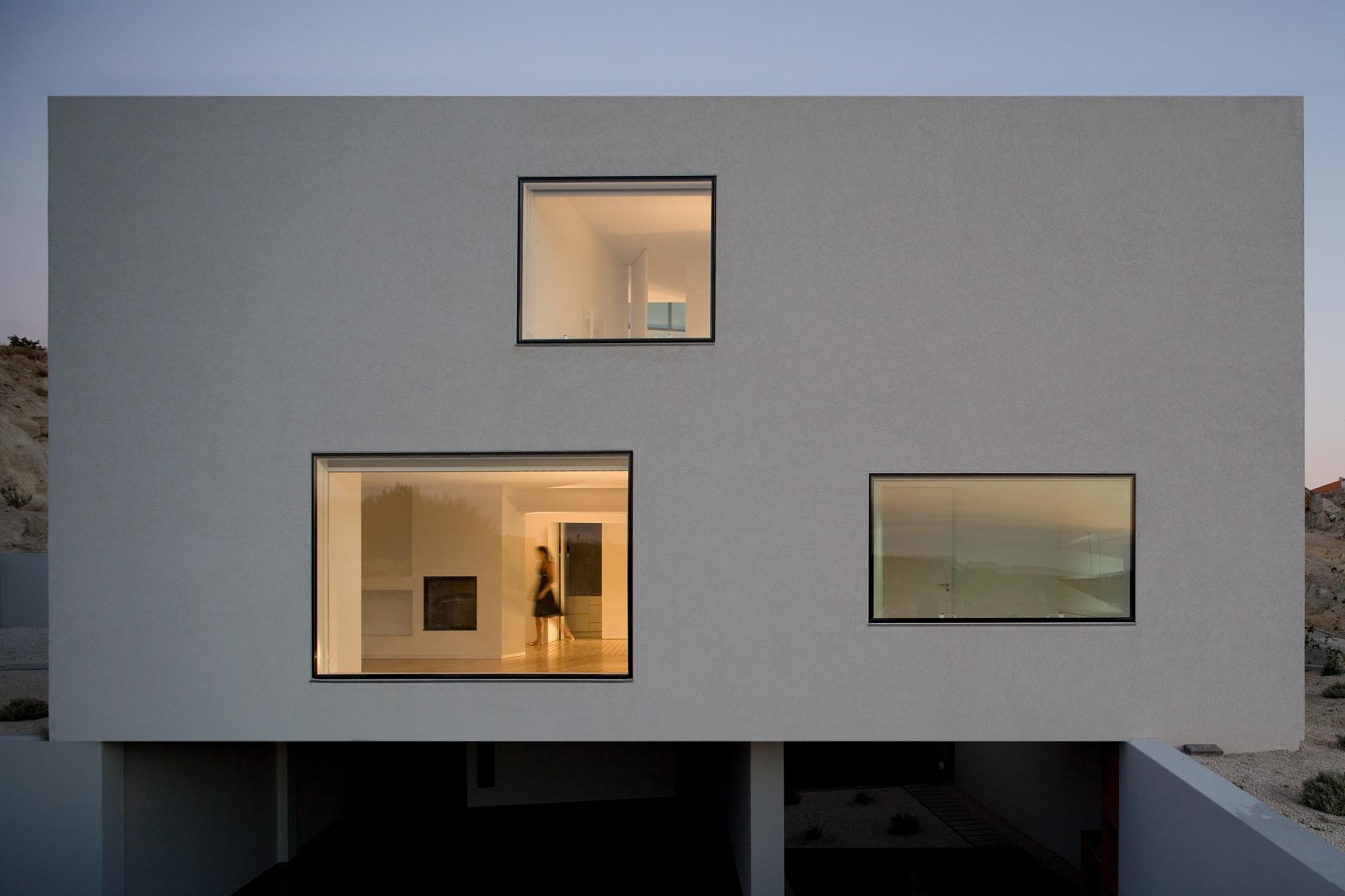 Chão das Giestas House / AVA Architects, © Fernando Guerra – FG+SG