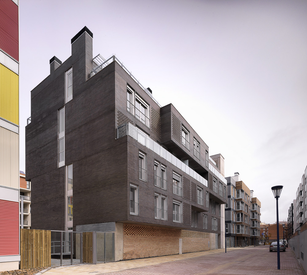 R1D Housing / a3gm, © Jesús Granada