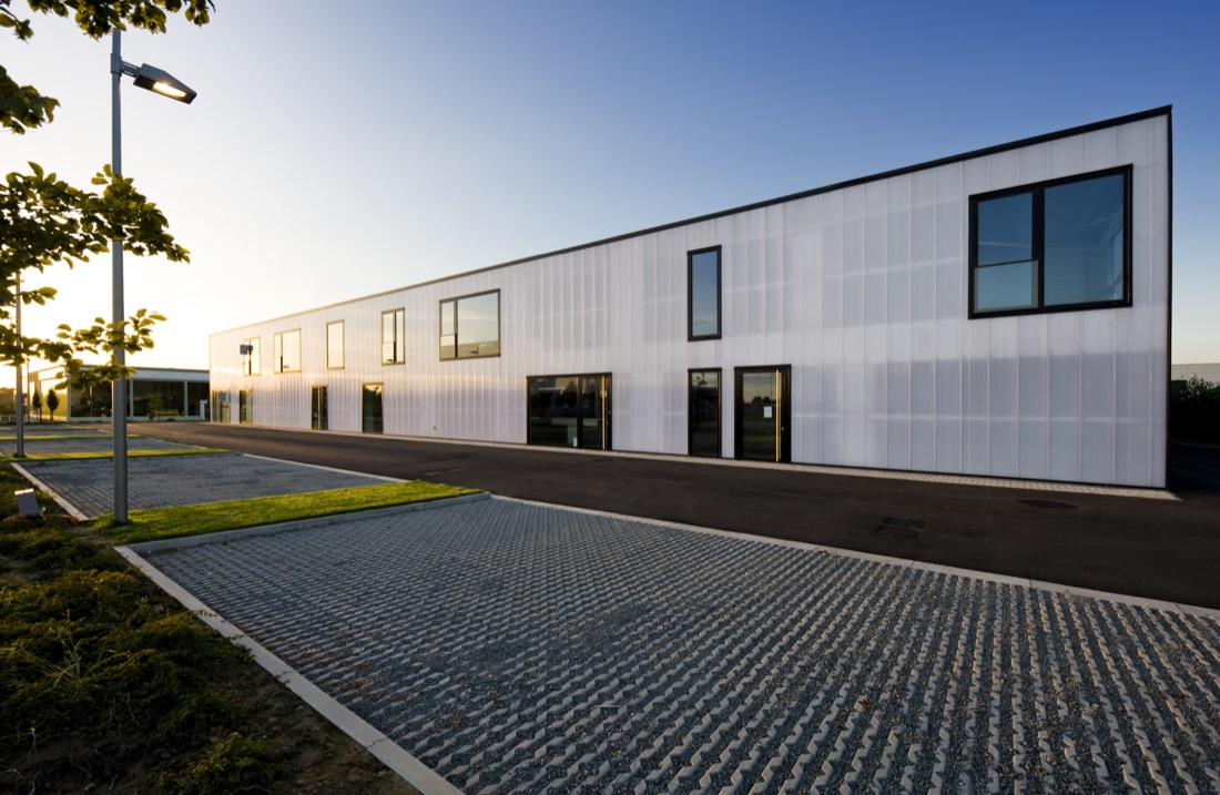 Wingene business center buro ii archdaily for Buro architectes