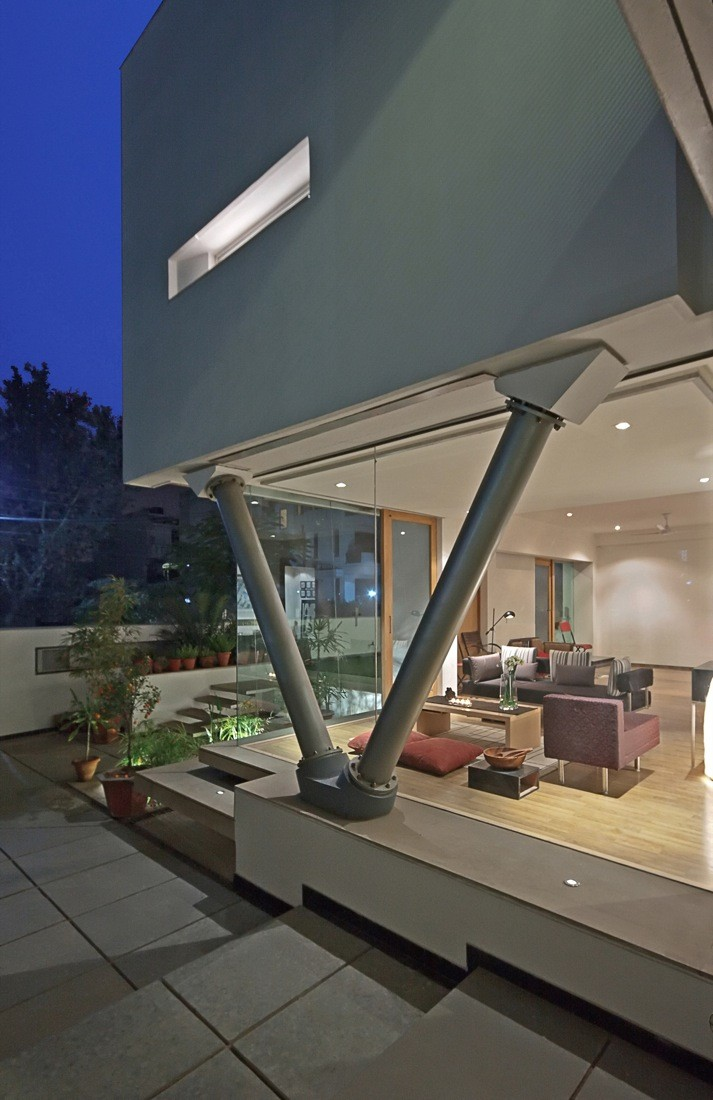 Gallery of b 99 house dada partners 6 for V column architecture