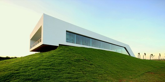 Courtesy of  architecturered