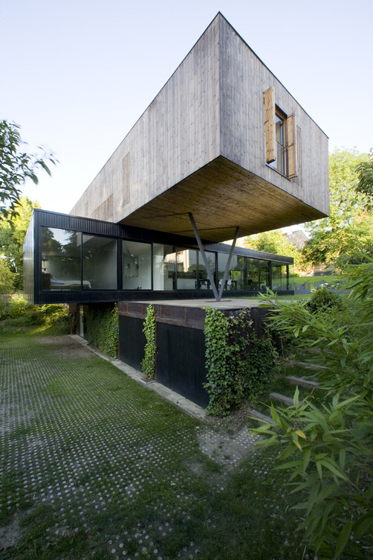 House In S Vres Colboc Franzen Associ S Archdaily