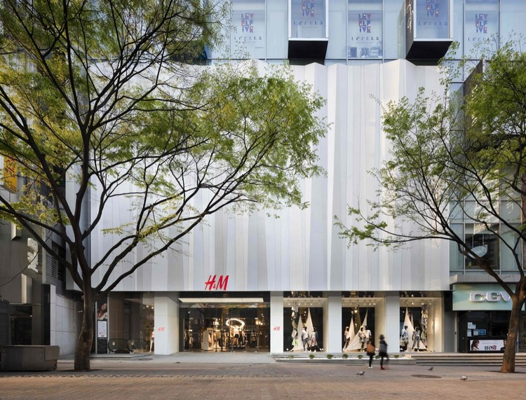 H&M Seoul Store / Universal Design Studio, Courtesy of Universal Design Studio