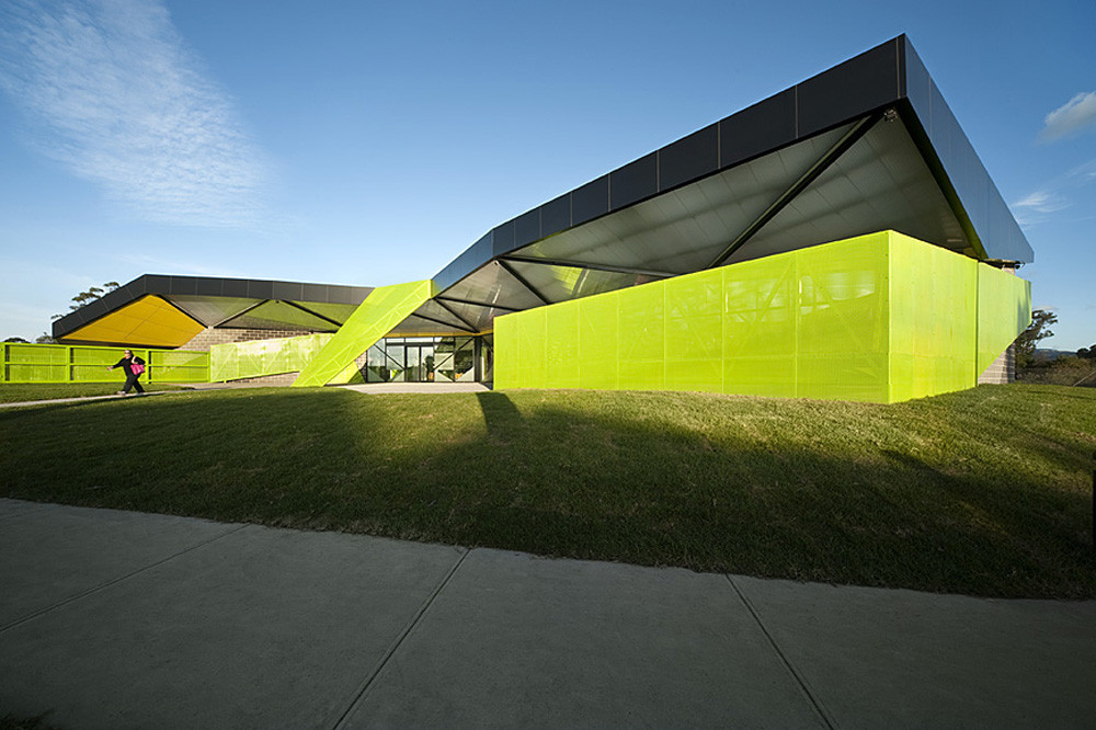 Churchill Integenerational Hub / Suters Architects, © Emma Cross