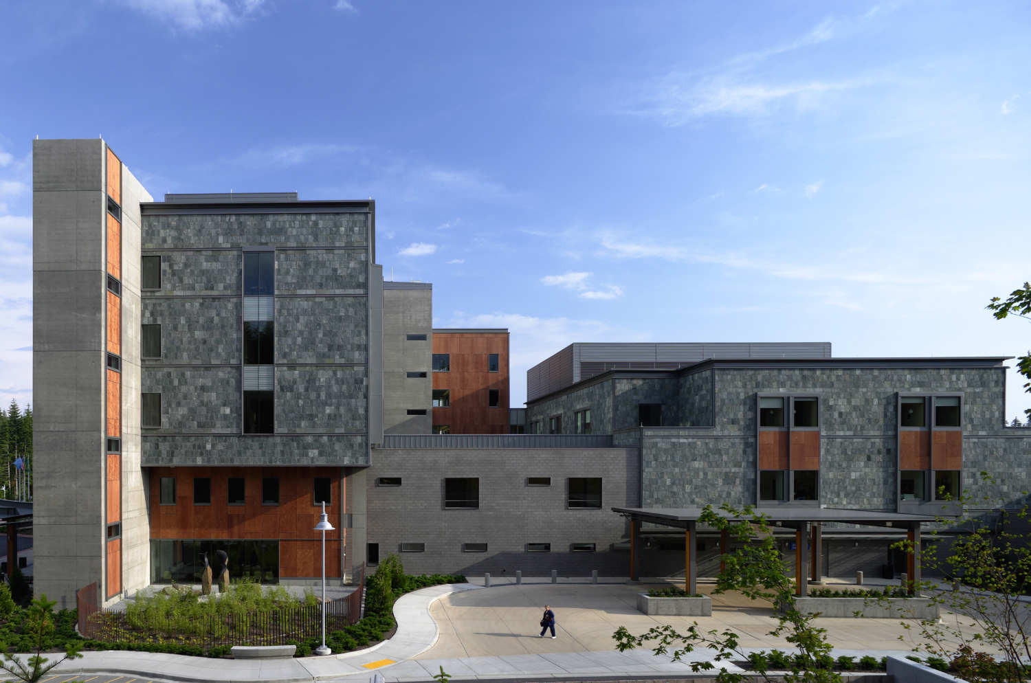 St. Anthony Hospital / ZGF Architects LLP, © Doug Scott
