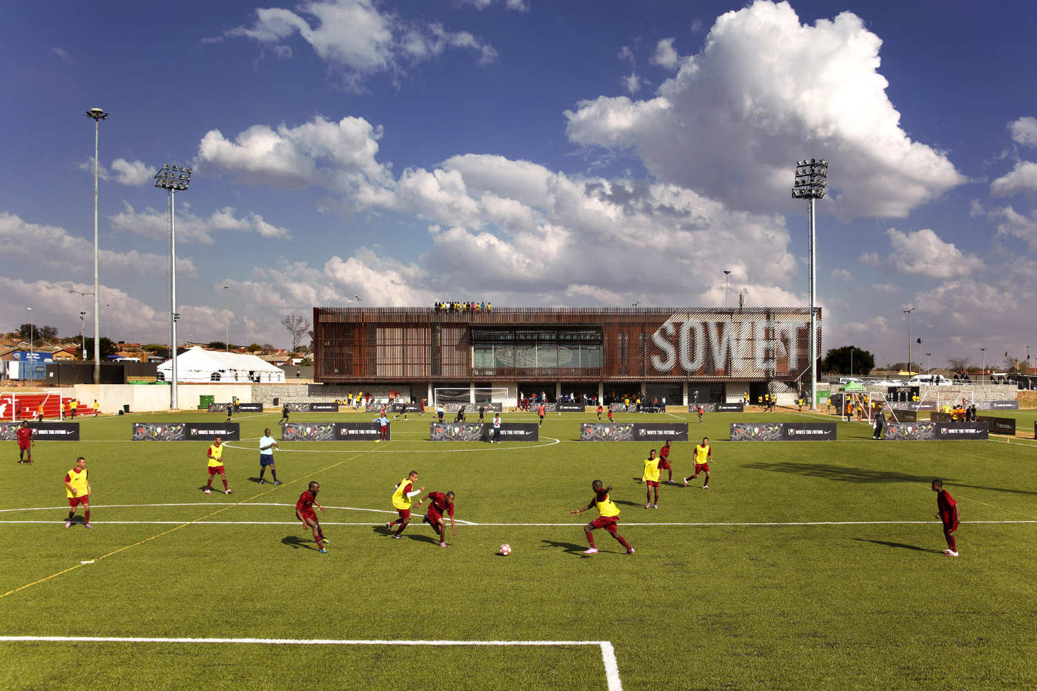 Football Training Centre Soweto / RUFproject, © Allan James