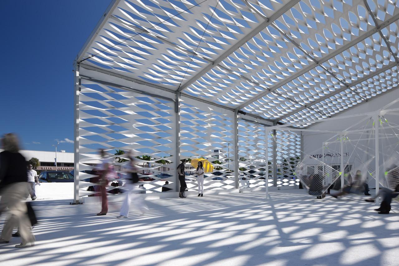 Design Miami / Tent / Moorhead & Moorhead, © Michael Stavaridis