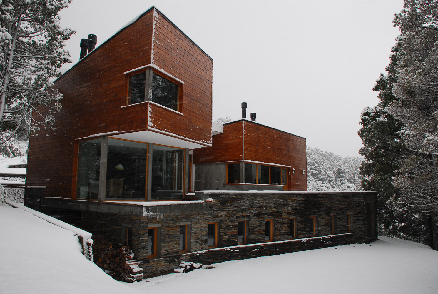 Los Cerezos House / G2 Estudio, © Laila Sartoni