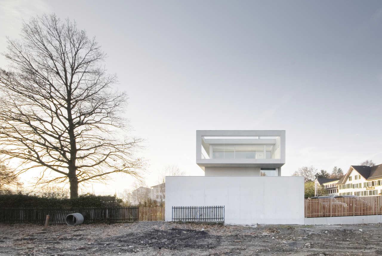 Lakeside House In Zurich / e2a, © Radek Brunecky