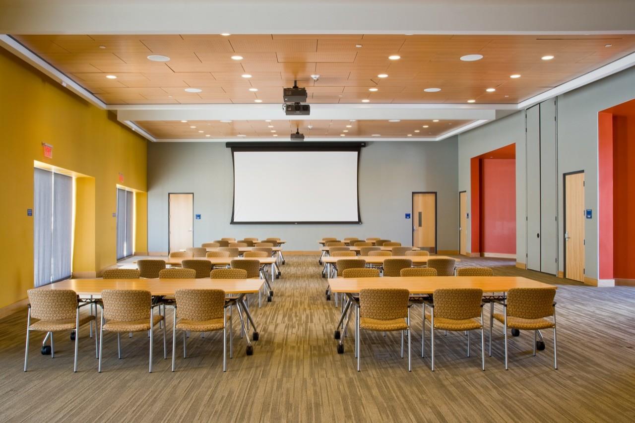 Gallery of FIU Chapman Graduate School of Business / KPF - 6
