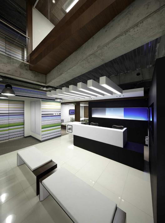 Aei headquarters arquitectura e interiores archdaily - Arquitectura interior ...