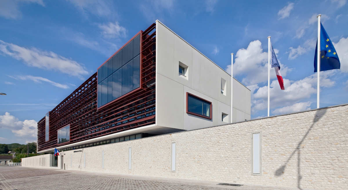 Police Station In Provins / Ameller & Dubois Associés, © Luc Boegly
