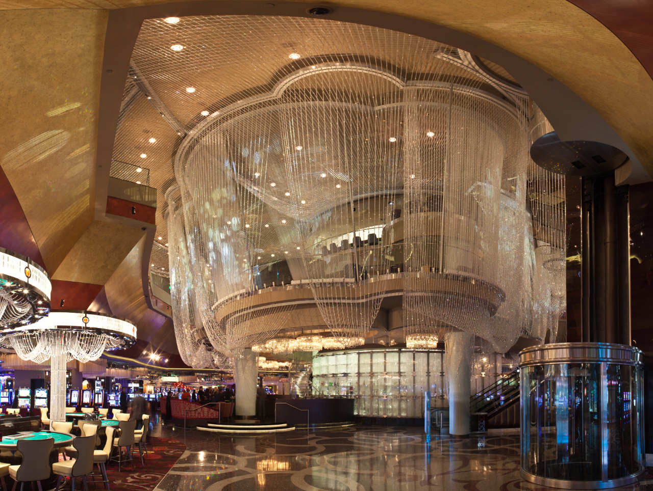 The Cosmopolitan of Las Vegas Interior / Rockwell Group, © James Medcraft