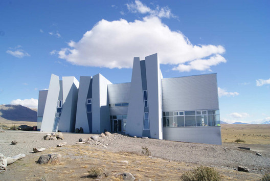 © Santiago Cordeyro Arquitectos