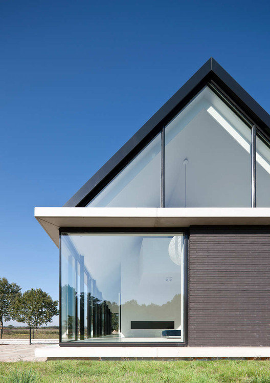 Villa geldrop hofman dujardin architects archdaily for Hofman dujardin architects