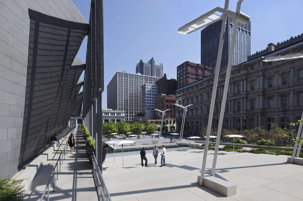 Old Post Office Plaza / Baird Sampson Neuert Architects, © Sam Fentress