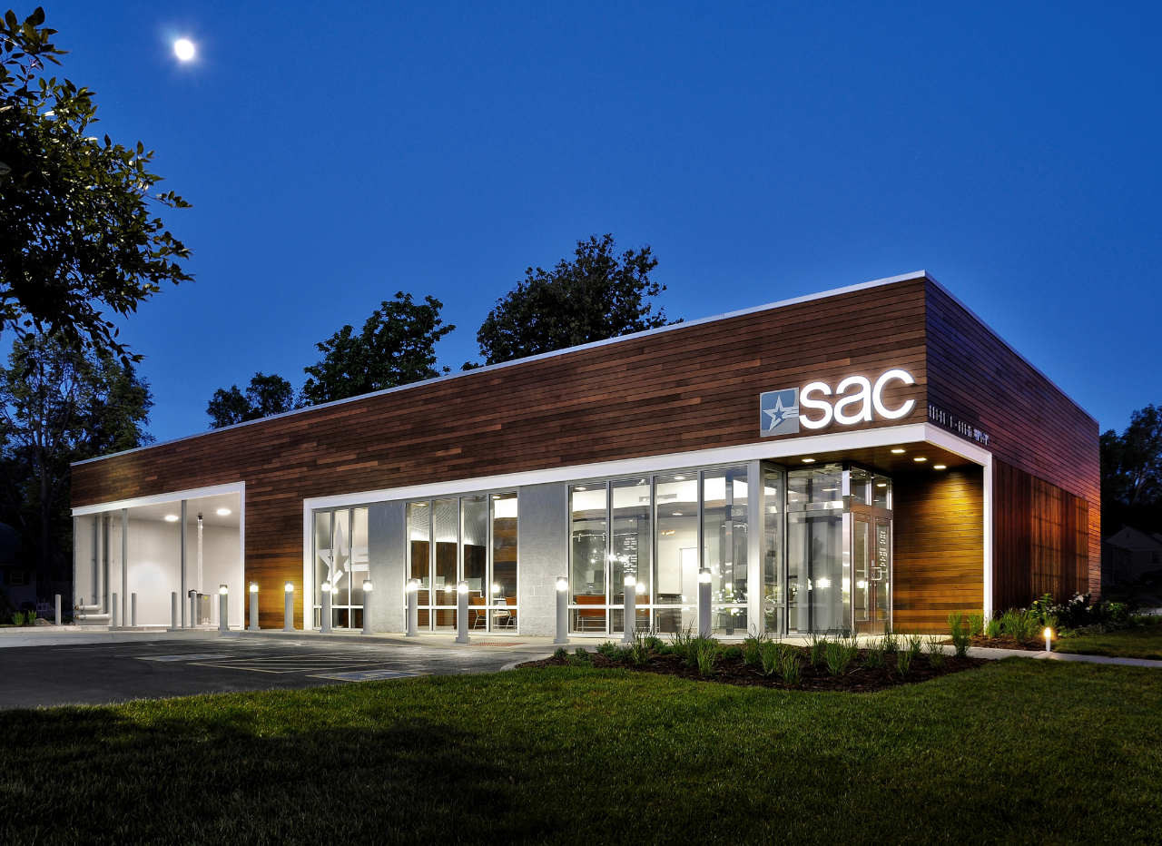 Gallery of sac federal credit union leo a daly 1 for Modern retail building design