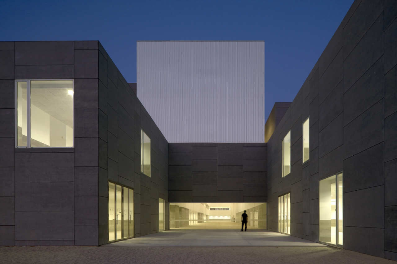 Faculty Building From Málaga University / Luis Machuca & Associates, © Duccio Malagamba